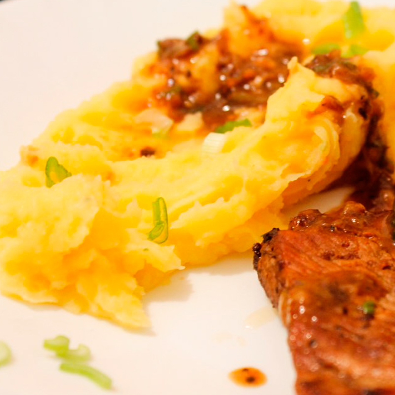 Piure de cartofi cu morcovi si speck